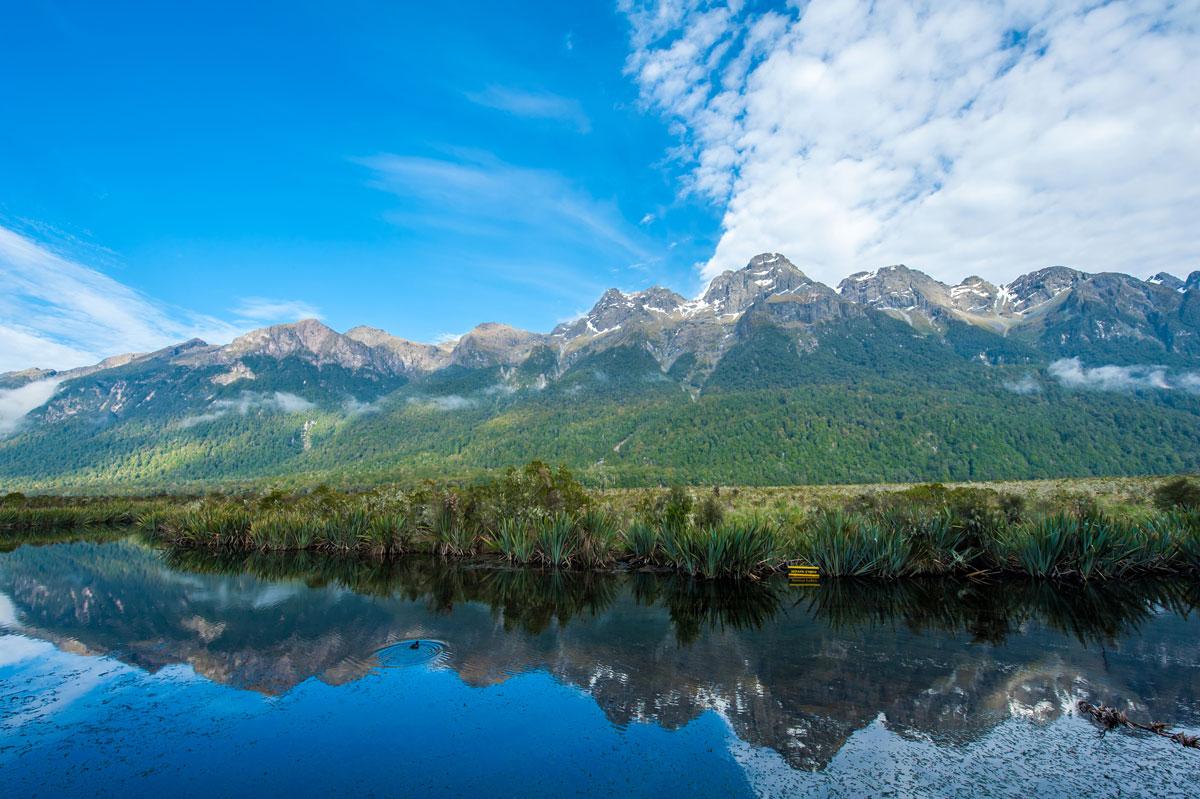 mirror-lake-nouvelle-zelande
